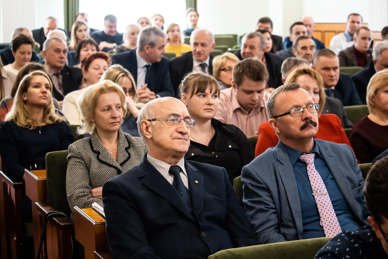 Белорусский национальный технический университет  за сильную и процветающую Беларусь!