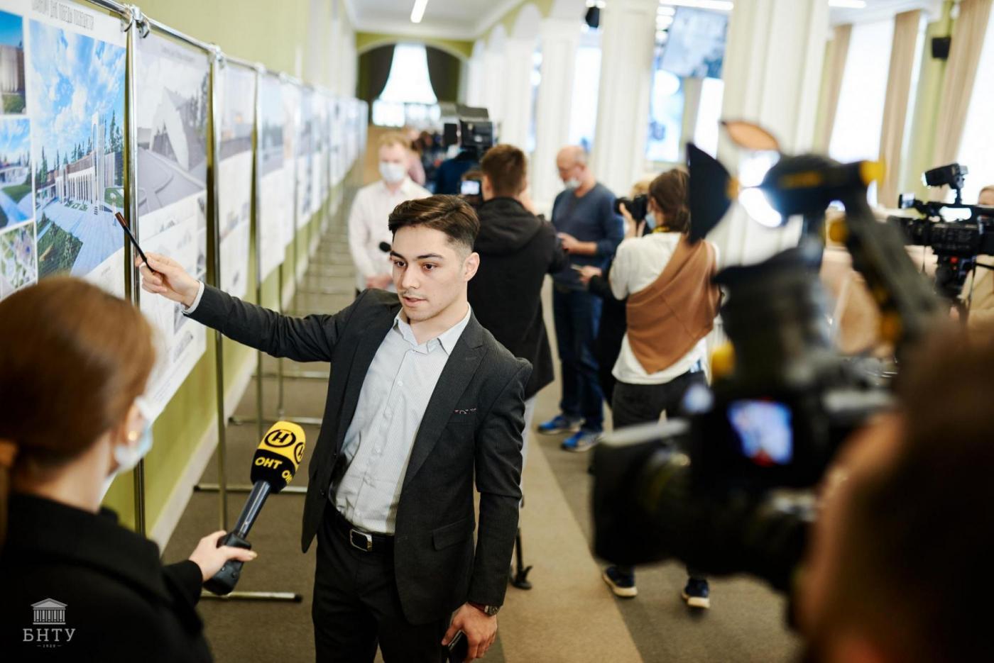 «Хатынь глазами студентов»: в БНТУ прошла презентация проектов по реконструкции музейного комплекса