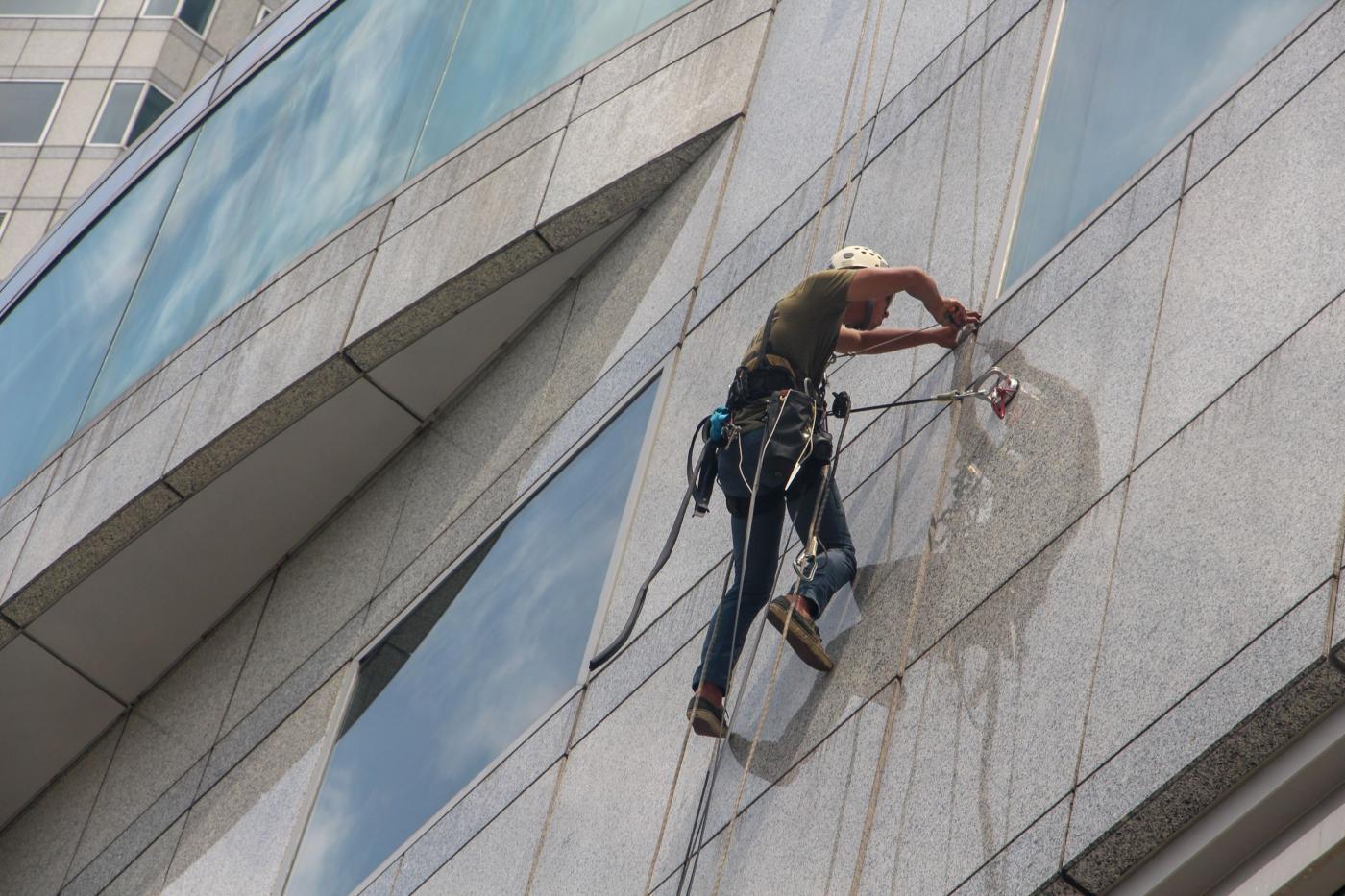 Обучение профессии «промышленный альпинист» в МИПК и ПК БНТУ