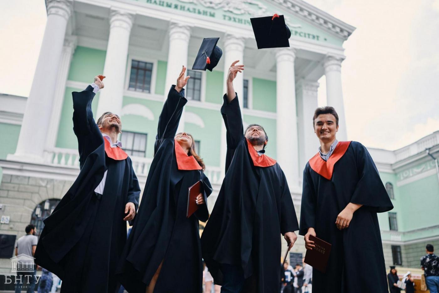 Как прошло вручение дипломов иностранным студентам
