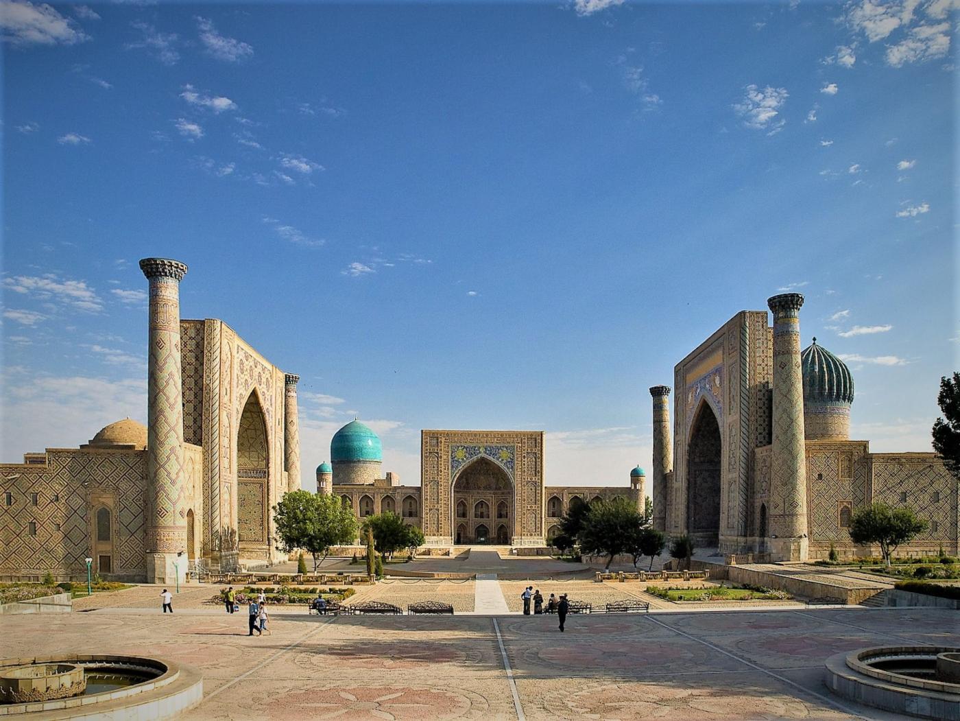 ГОРУП «Центр международных связей» информирует о возможности участия в белорусско-узбекском летнем студенческом лагере