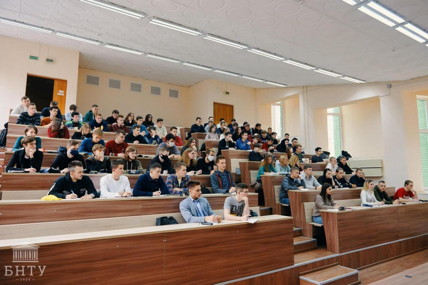 Университет не школа. Что необходимо знать первокурснику?