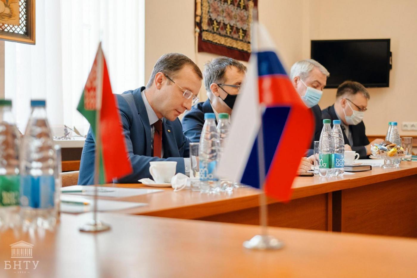 БНТУ и КНИТУ-КАИ обсудили реализацию новых совместных проектов