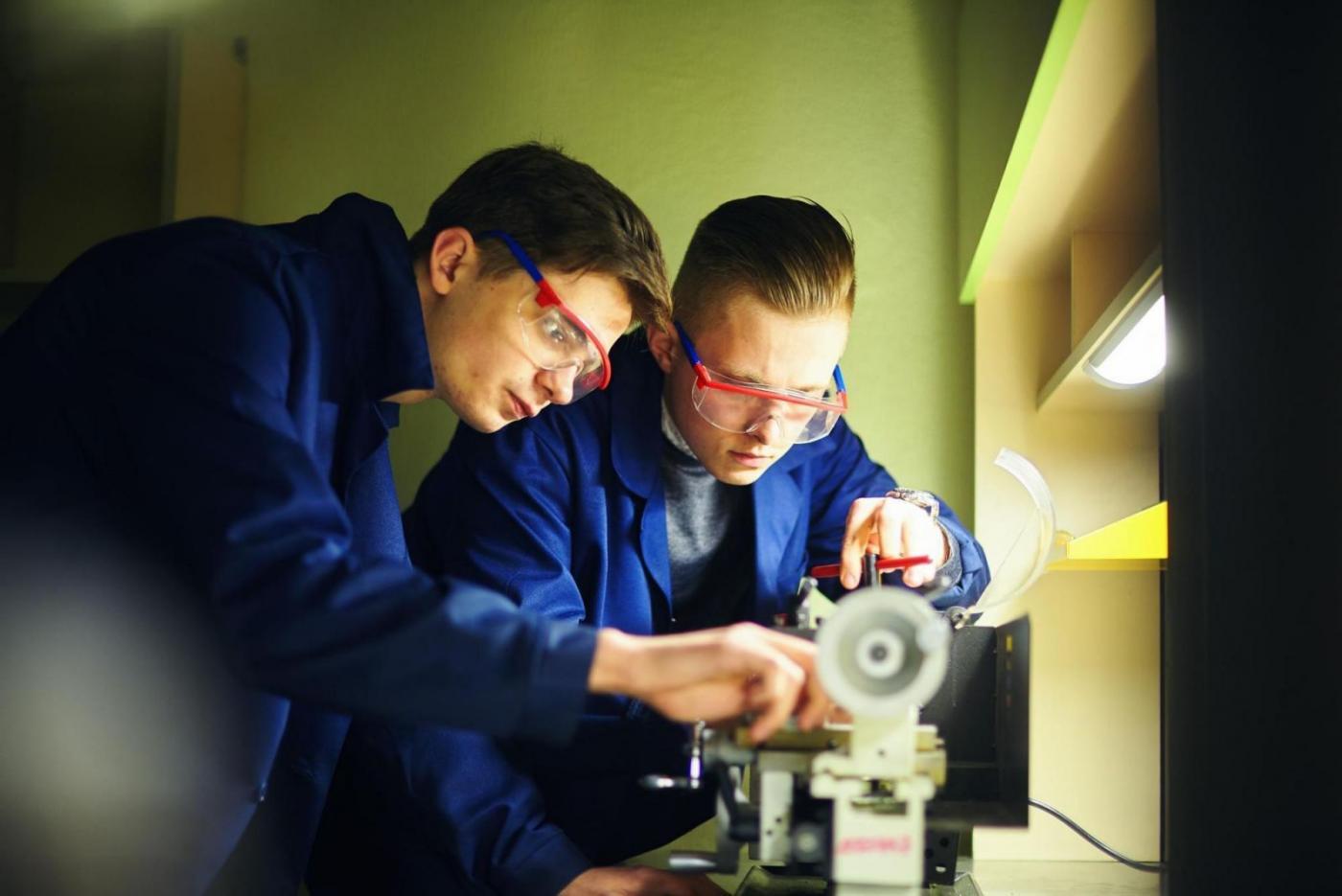 Пообщались со студентами, которые работают в Технопарке БНТУ «Политехник»