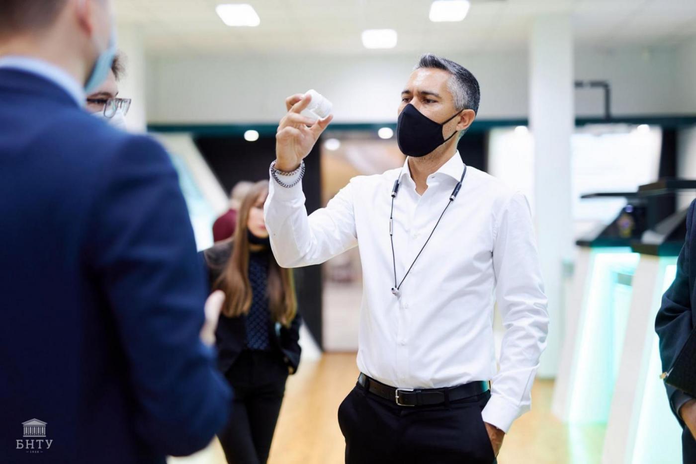 Прохождение стажировок иностранными гражданами в МИПК и ПК БНТУ. Обучение в условиях пандемии